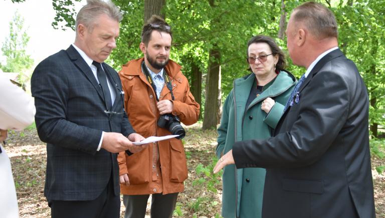 Zdjęcie główne newsa: Konserwator zabytków Beata Kot z wizytą w Sieniawie