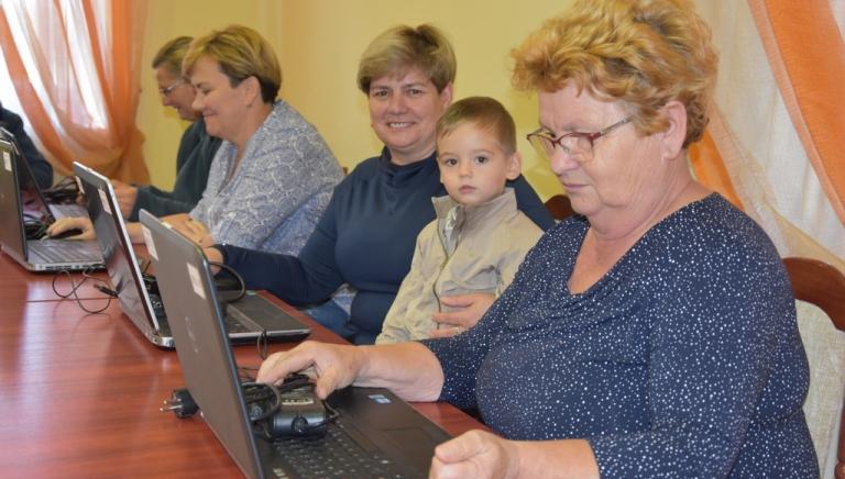 Zdjęcie główne newsa: W Rudce ruszył bezpłatny kurs komputerowy. Zapraszamy wszystkich chętnych do udziału