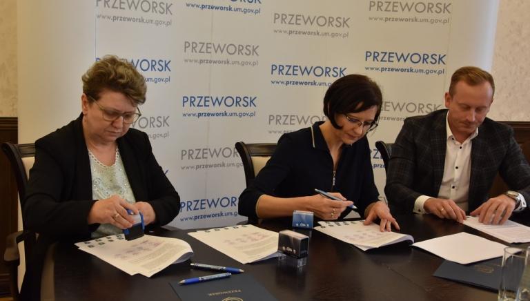 Zdjęcie główne newsa: Samorząd Miasta i Gminy Sieniawa podpisał porozumienie o ustanowieniu Przeworskiego Klastra Energii