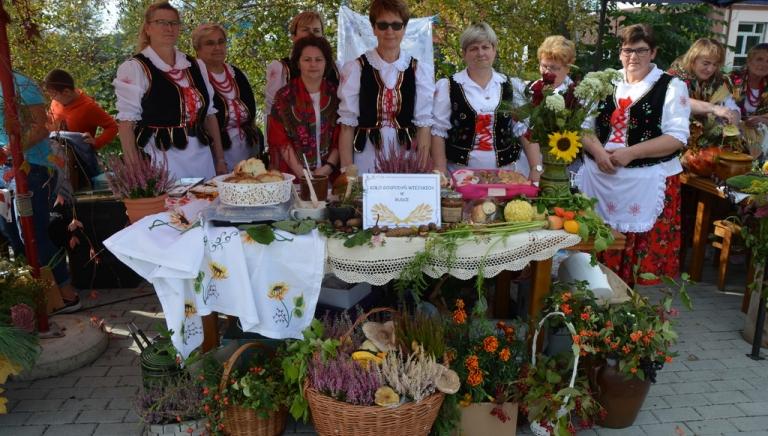 Zdjęcie główne newsa: Dary Lasu. Konkurs kulinarny i Leśny Turniej Drużyn Pożarniczych w Cieplicach za nami