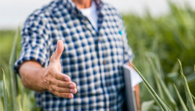 Zdjęcie główne dokumentu powiązanego: Komunikat - pomoc techniczna rolnikom przy wypełnianiu e-wniosków o przyznanie dopłat bezpośrednich za 2021 r.
